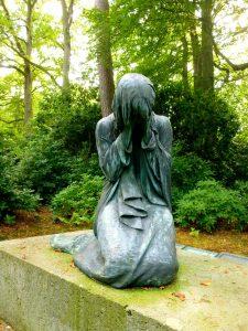 sculpture-1751658_1280